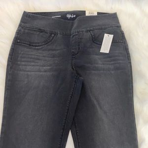 Style & Co Boyfriend Black Smudge Jean. Med